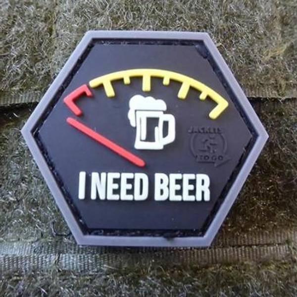 Bilde av Patch - I Need Beer Rubber - Rød